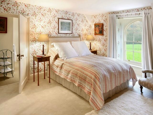 Prince-Charles-Holiday-Cottages-English-Bedroom