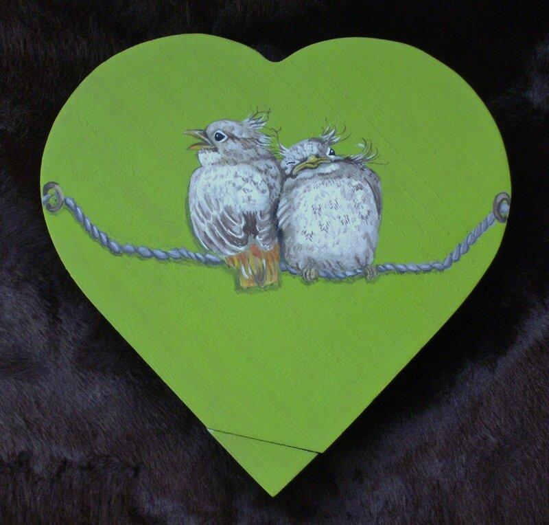 Couple d'oiseaux (boîte en coeur)