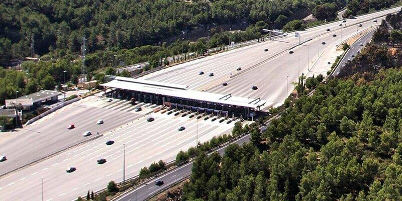 Non-les-autoroutes-ne-devraient-pas-etre-aussi-rentables