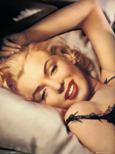 PDA00007-MARILYN-MONROE-pillow