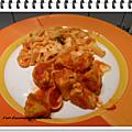 Pâtes à la sauce crémeuse aux tomates et poulet