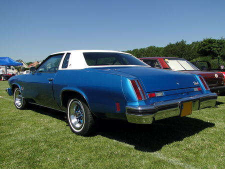 OLDSMOBILE Cutlass Salon Colonnade Hardtop Coupe 1975 Broc aux Tacots de Richwiller 2010 2