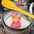La panna cotta de quentin au miel de judée et à la rhubarbe vanillée !
