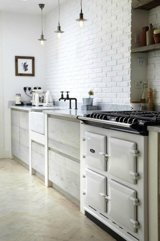 english-cottage-white-brick-backsplash JULIE CARLSON (3)