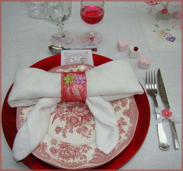 Pliage de serviette d co de table f te des m res miss gleni and co - Idee deco fete des meres ...