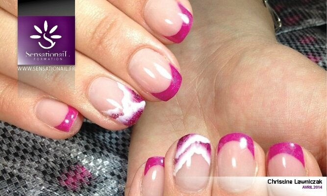 Pose d'ongles en gel par Sensationail