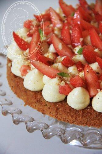 Moelleux amande-noisette, vanille et fraise