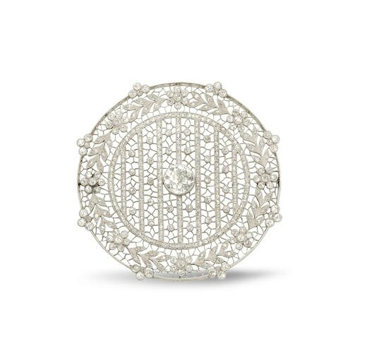 A Belle Époque diamond brooch, circa 1910