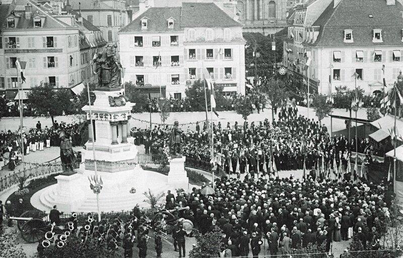 Cphoto Belfort Inaug Monumt 3 Sièges 1913 08 15R