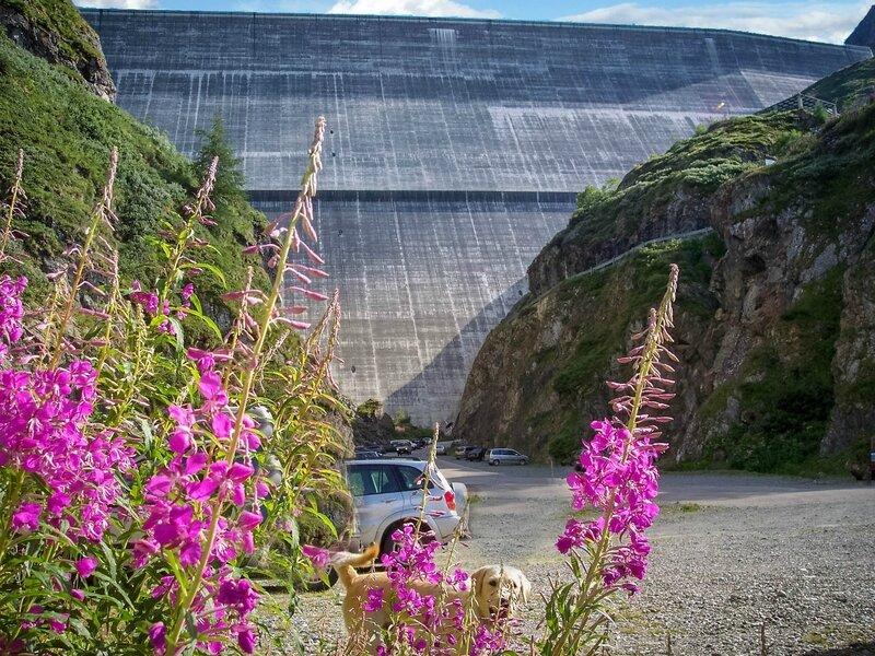 barrage Dixence 294 m haut