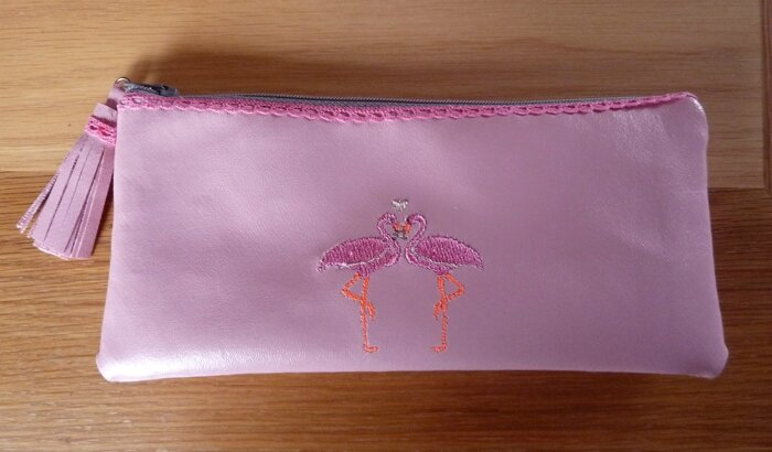30 Trousse flamants roses Bal des Oursonnes1