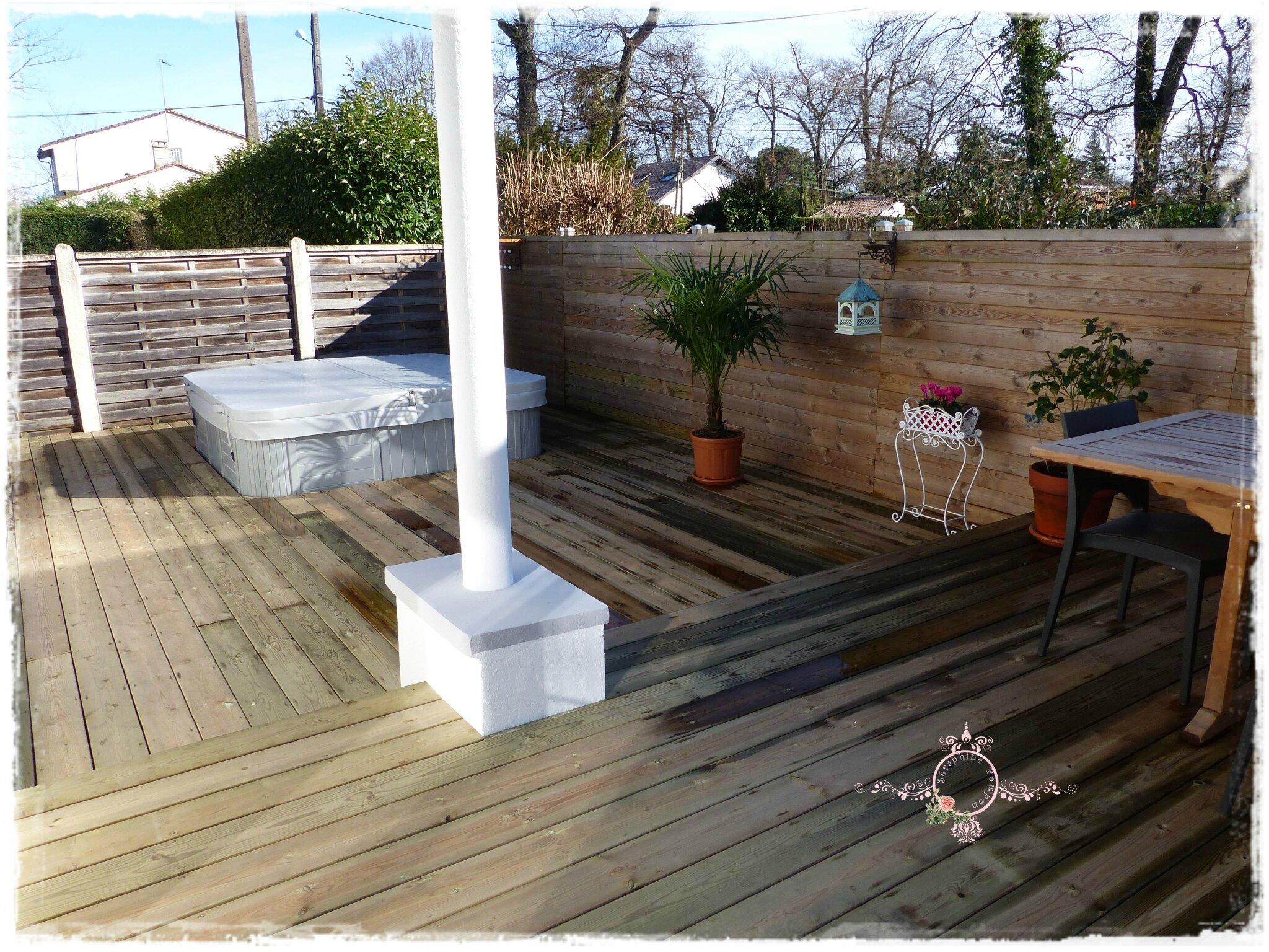 amenagement terrasse avec spa superbe amenagement terrasse avec spa terrasse en bois arbor. Black Bedroom Furniture Sets. Home Design Ideas
