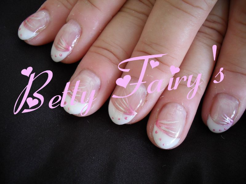 ongles mariage rose. Black Bedroom Furniture Sets. Home Design Ideas