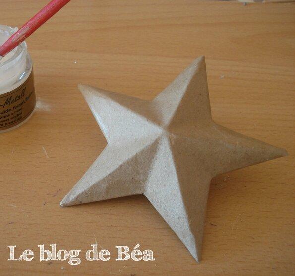 DIY étoiles 3D en carton d'emballage récupéré