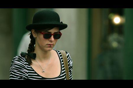 Chapeau_melon_lunettes_rouges