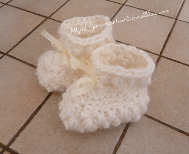 chaussons blancs (15)ba