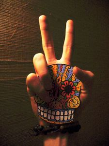 peace and skull