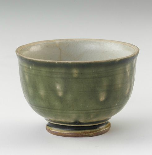 Cup. 15th century. Later L dynasty. Vietnam