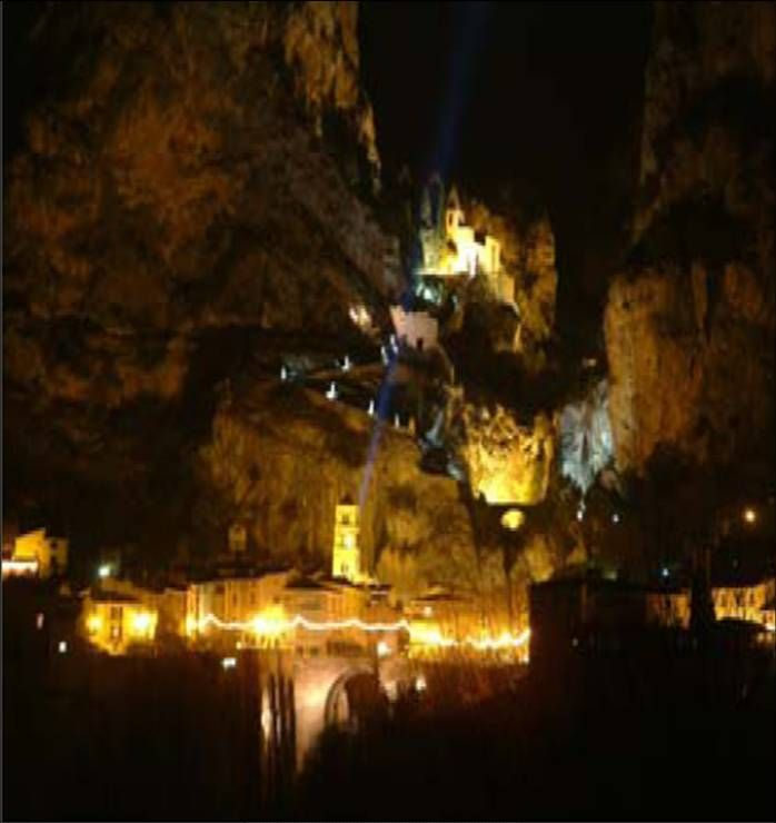 Moustiers__cr_che