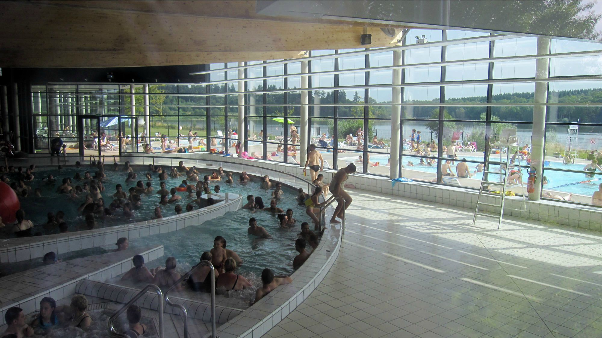 Valjoly un dimanche de canicule chrisnord trelon nord for Piscine fourmies