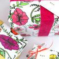 Diy papier cadeau : 3 motifs à fleurs pour la fête des mères (gratuit - à imprimer + peinture)