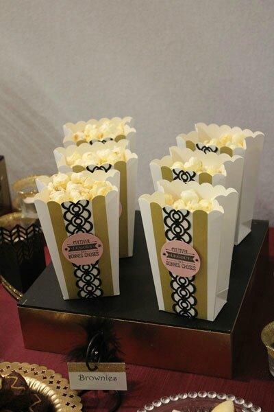 Sweet table Réveillon chez Gatsby : les boites à pop corn