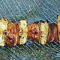 Brochettes de poulet mariné à l'ananas