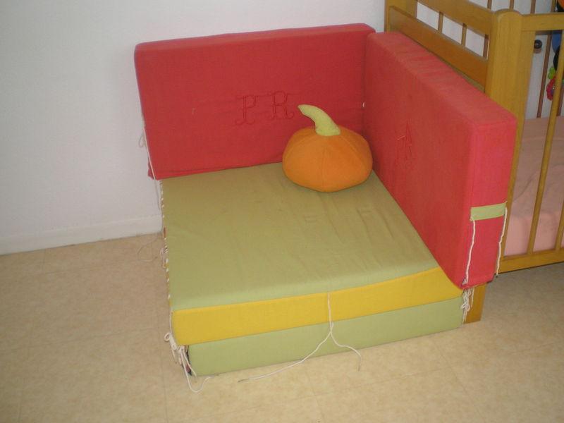 canap lit d 39 appoint citrouille photo de couture mamif e. Black Bedroom Furniture Sets. Home Design Ideas