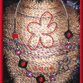 Maxi collier FIMO multi noir et rouge + Maxi fleur argent (N)