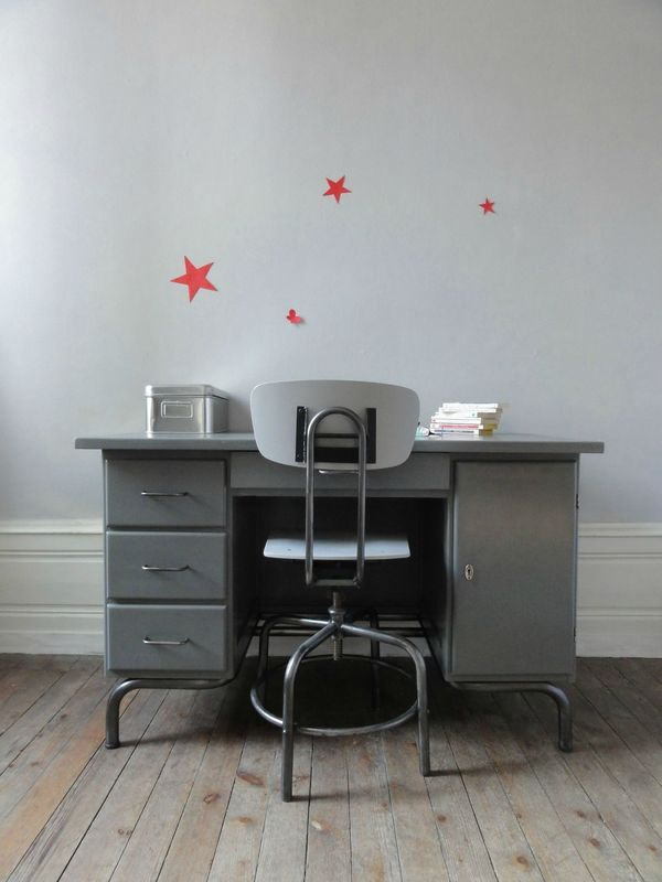 bureau maitre d 39 ecole annees 60 gris souris vintage moi. Black Bedroom Furniture Sets. Home Design Ideas