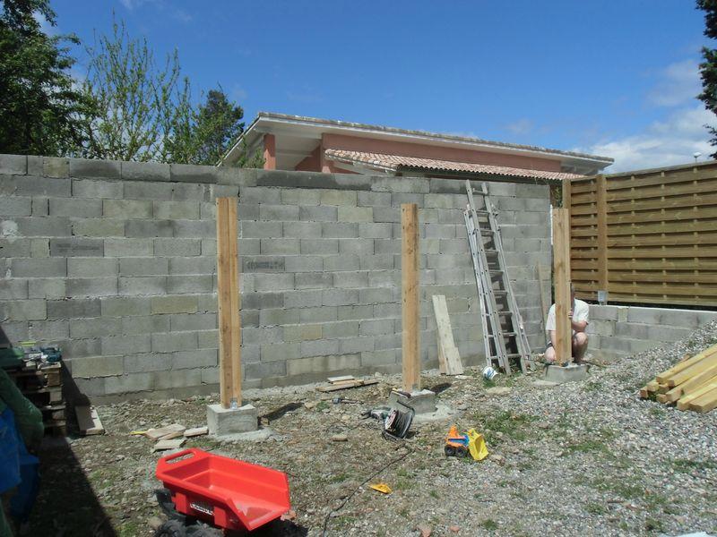 Corv e de bois 4 murs 1 toit for Separation bois pour jardin