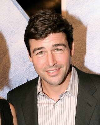Kyle-King-Kong-New-York-World-Premiere-kyle-chandler-26386330-320-400