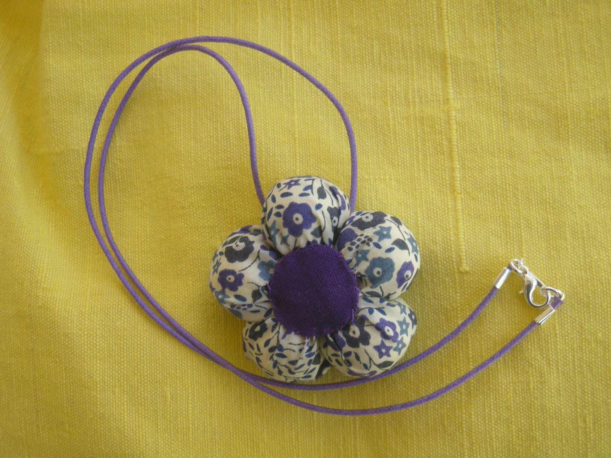 collier-fleur