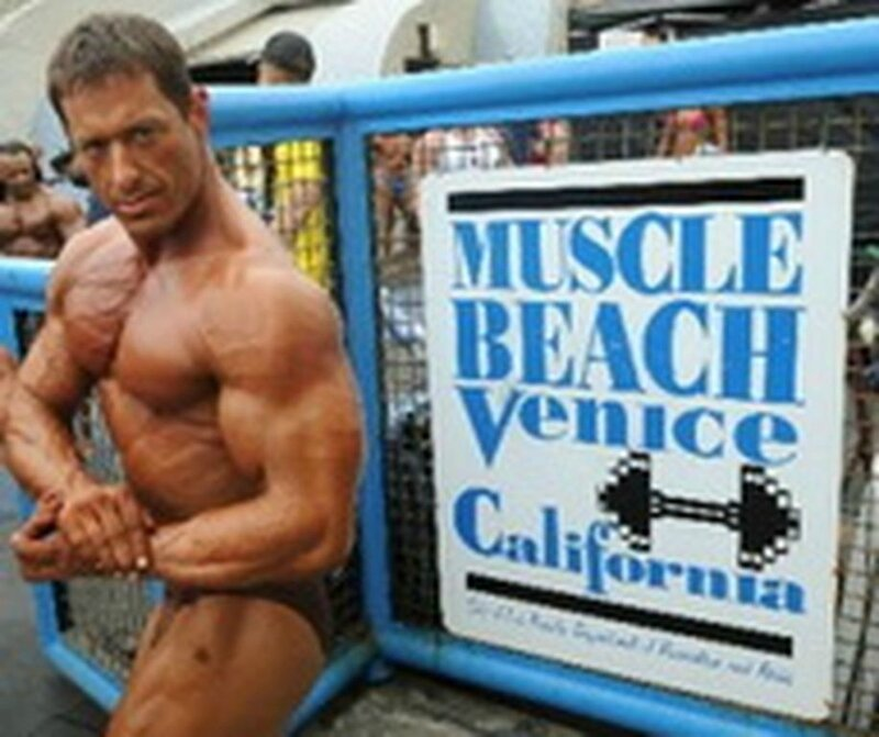 muscle-beach-venice-los-angeles
