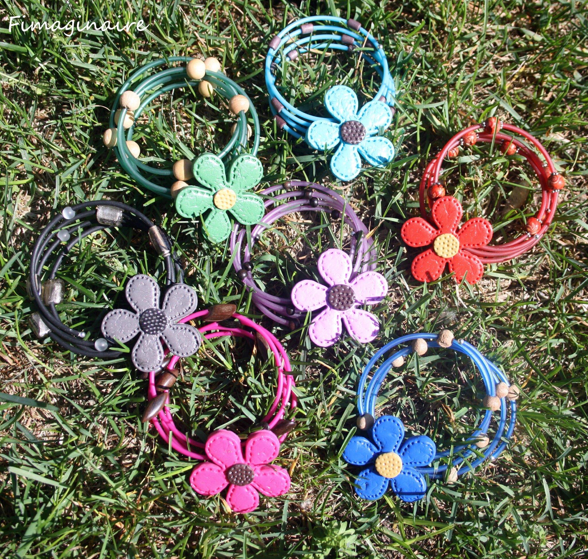 Bracelets sur fil mémoire 18$ chacun
