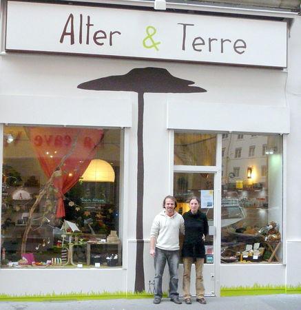 Mathieu_et_C_line_dvt_Alter_et_Terre