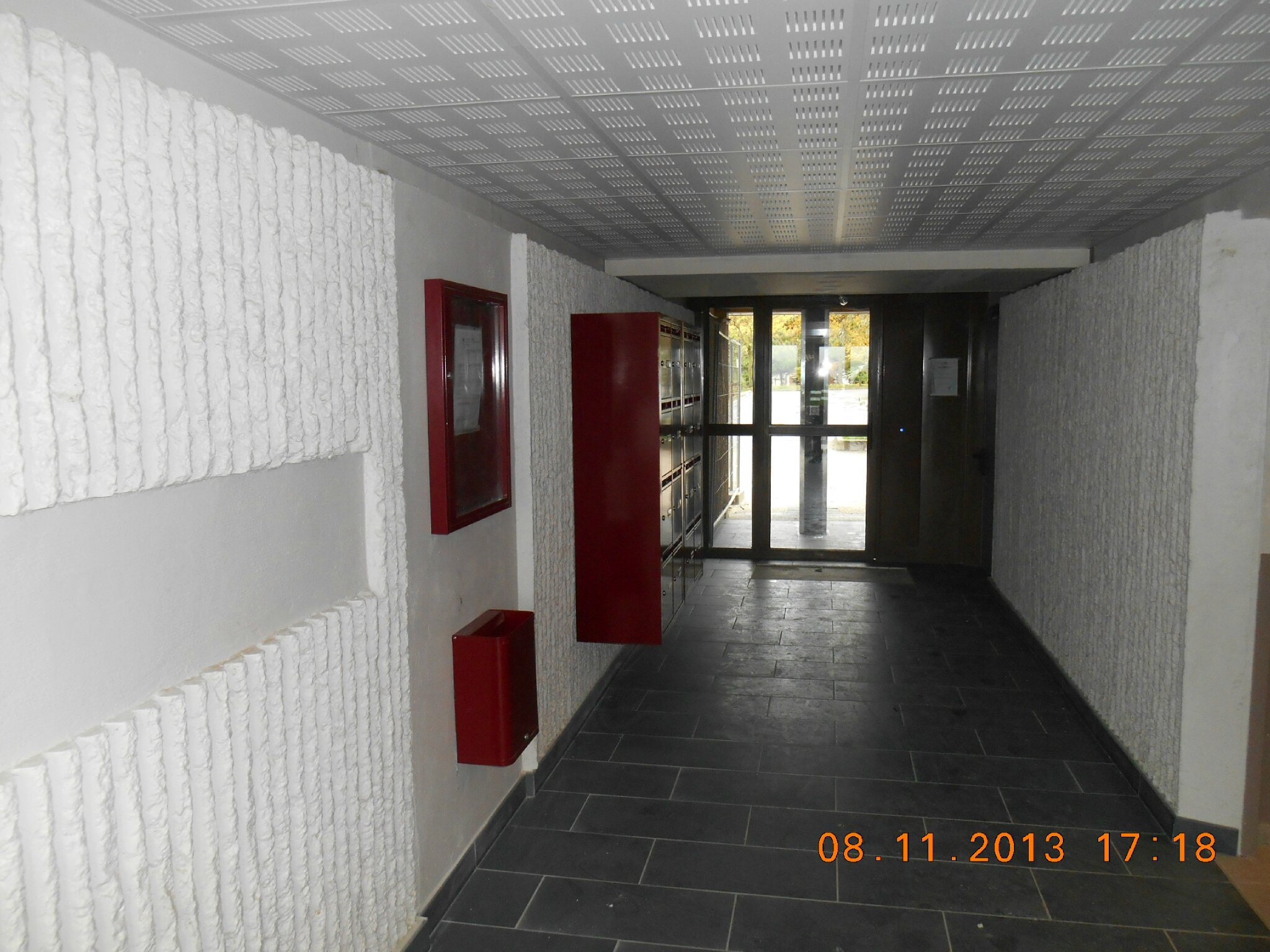 A 1 hall d 39 entr e photo de photos des travaux des for Carrelage hall d entree
