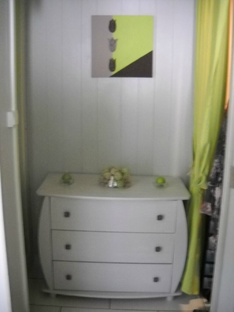 ma petite commode en pin apr s relookage les ptits trucs en recup de sandy. Black Bedroom Furniture Sets. Home Design Ideas