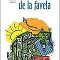 Roman brésilien : un garçon de 8 ans plein d'espoir qui cherche à partager sa passion de la lecture
