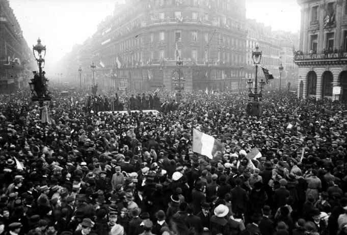 Rue de l Opréra 11 nov 1918