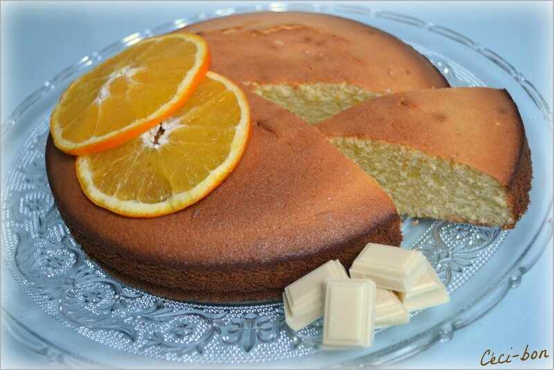 Gâteau orange, choco blanc et amandes