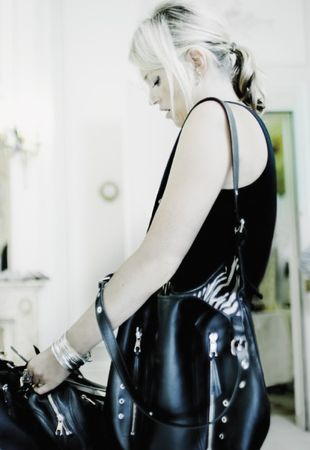 kate_moss_x_longchamp_handbags_04