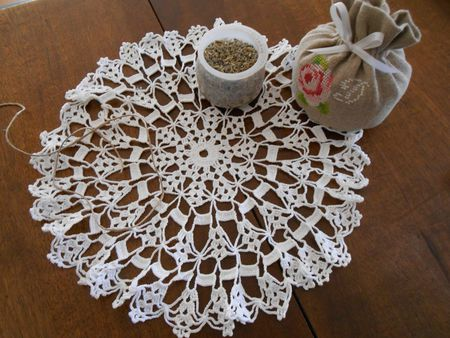 bourse napperon crochet