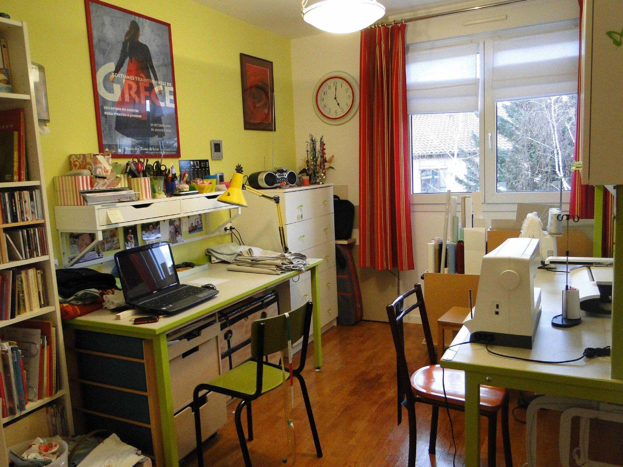 Mon atelier de couture petits doigts for Atelier de decoration