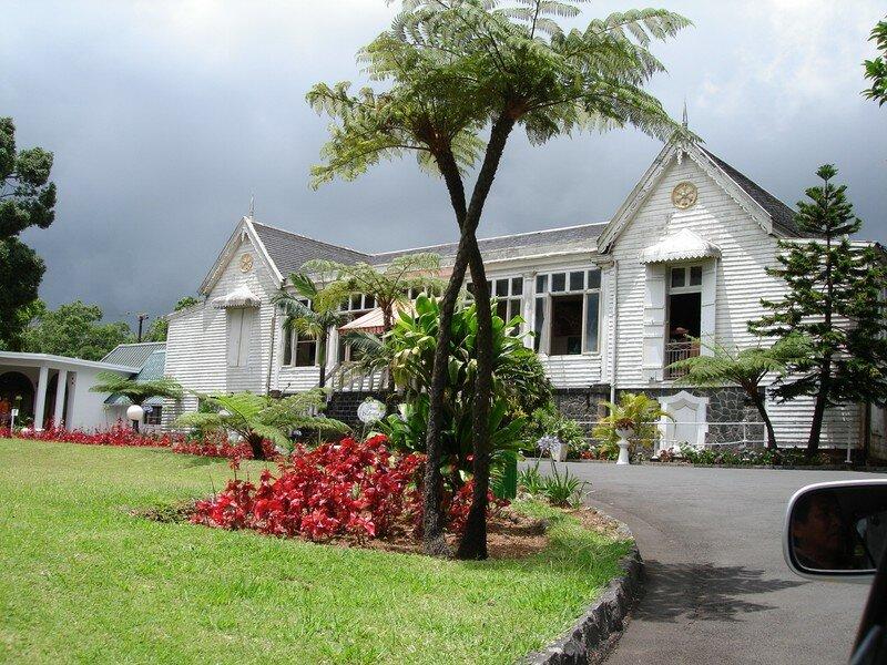 La maison coloniale photo de maurice rodrigues 5 au for La maison coloniale soldes