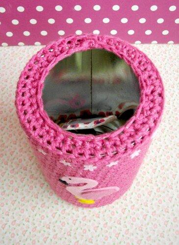 vide-poche-clés-crochet-flamant-rose-feutrine-the-serial-crocheteuses
