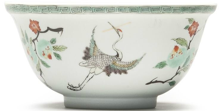 A famille verte 'Cranes' bowl, Qing dynasty, Kangxi period