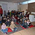 Les enfants attendent le conte !