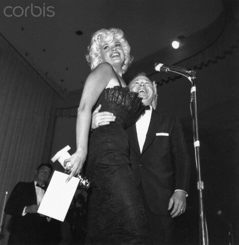 jayne-1958-02-22-golden_globes-with_reagan_rooney-1