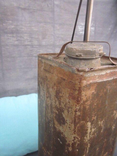 Lampe détournement d'objet - Bidon d'essence (4)